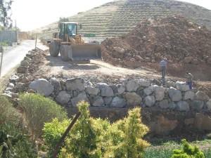 Tanques y paredes rústicas 1